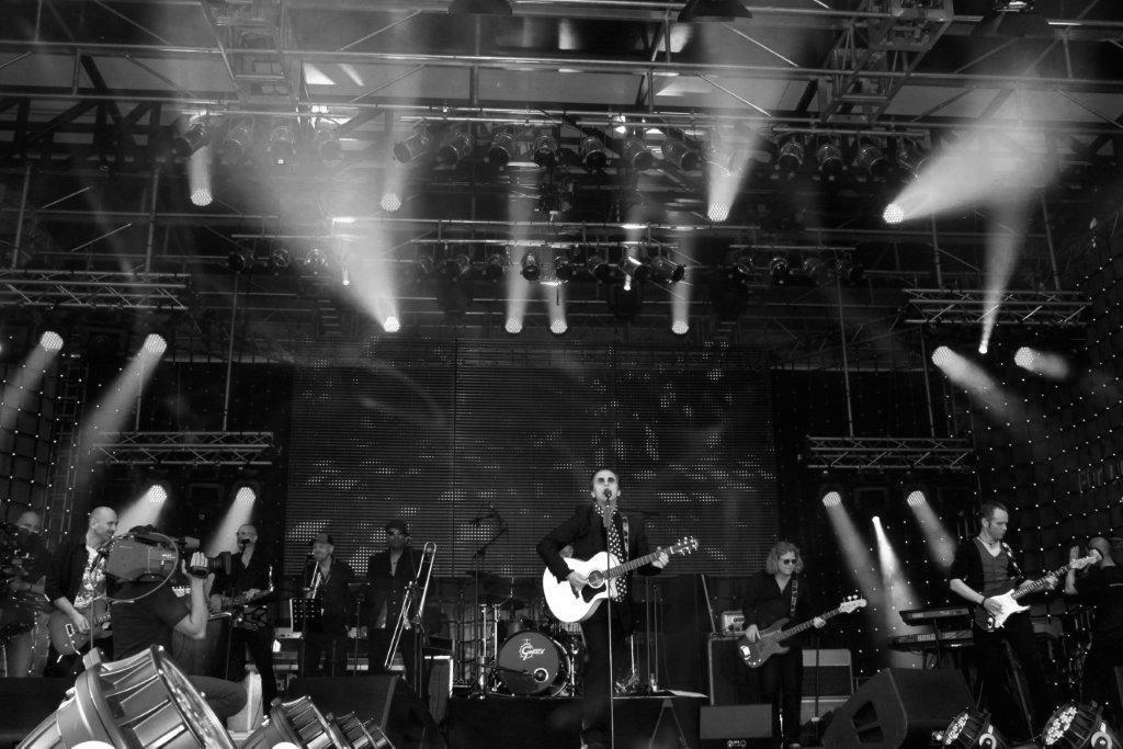 Weitersagen & Band auf Tour